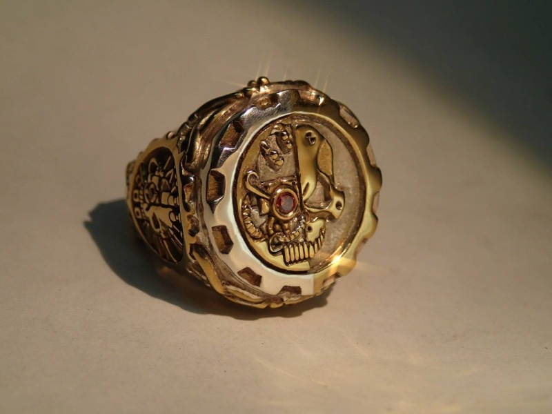 [W40K] Collection d'images : Warhammer 40K divers et inclassables - Page 4 Bague_10