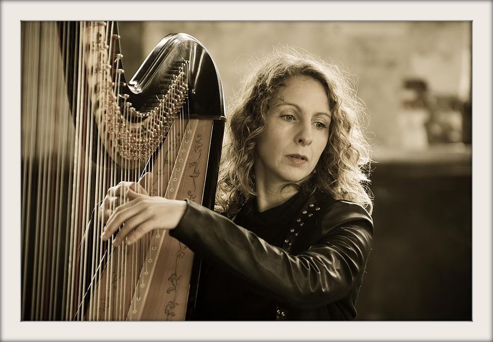 Quelques portraits féminins 1-harp10