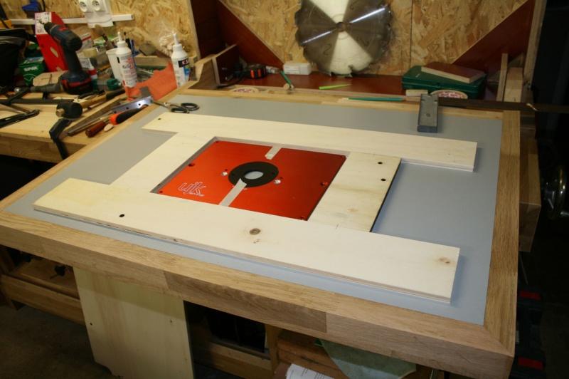 Table de défonceuse escamotable. Img_3816