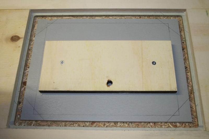 Table de défonceuse escamotable. Img_3818
