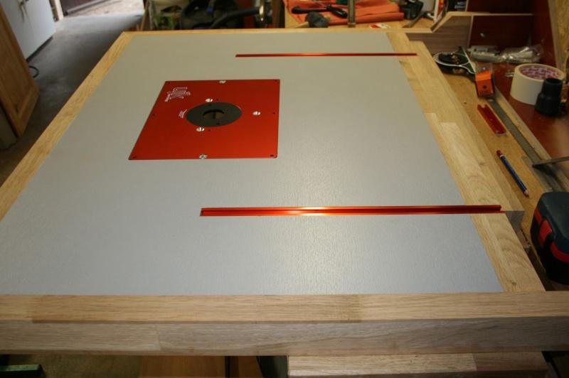 Table de défonceuse escamotable. Img_3829