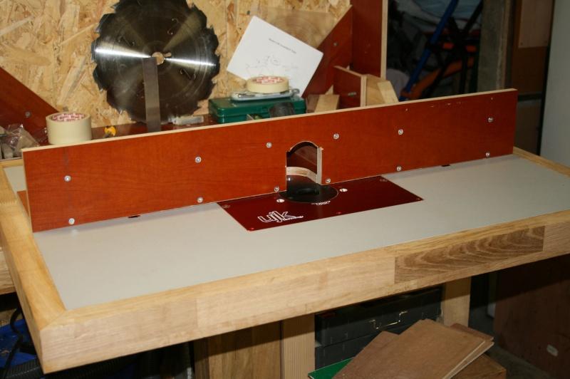 Table de défonceuse escamotable. Img_3833