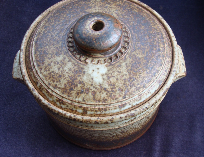 Substantial lidded casserole with glazed over mark Dsc05533