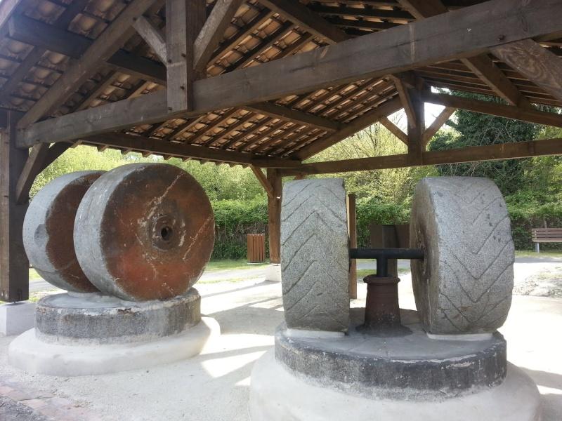 """La réhabilitation du """"Moulin de Pont-Neau"""" à Biganos en France !! 89241910"""
