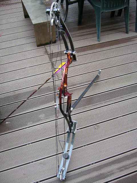 Montage cable shoot thru Hoyt_u16