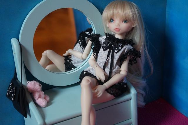 Blue eyes p.2 [Rhubarbe et Raspberry - Nobles Dolls] Emi10
