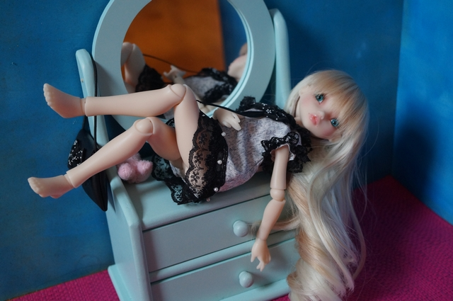 Blue eyes p.2 [Rhubarbe et Raspberry - Nobles Dolls] Emi_110