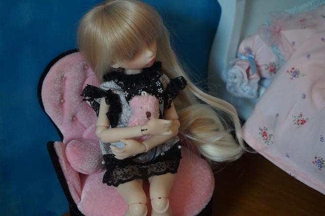 Emily 🎀 Les fleurs [Rhubarbe - Nobles Dolls] Emidod10