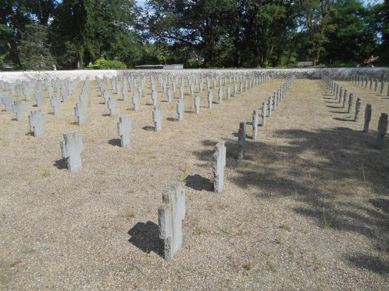 cimetière allemand 14-18 de Mont de Marsan (40) Dscn1112