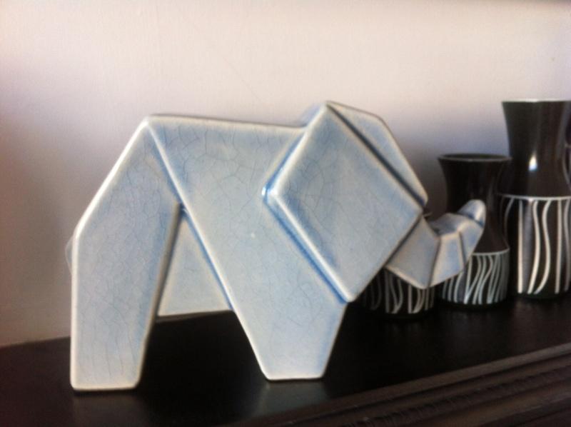 Deco origami Elephant - Jaru Pottery? Photo10