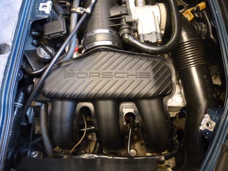 Boitier Papillon + Dessus moteur Boitie19