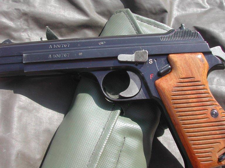 Un SIG P49 210.1 Dscn7611