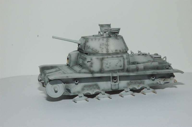 CARRO ARMATO M13/40 TAMIYA PE ET ACCESSOIRES ROYAL MODEL 1/35 TERMINE - Page 2 Ca1210