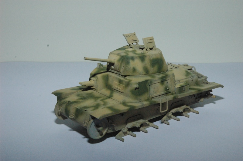 CARRO ARMATO M13/40 TAMIYA PE ET ACCESSOIRES ROYAL MODEL 1/35 TERMINE - Page 4 Ca2110