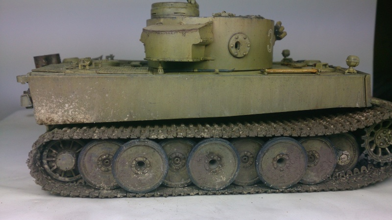Tigre I dans l'hiver russe   TAMIYA 1/35 - Page 2 Fin_510