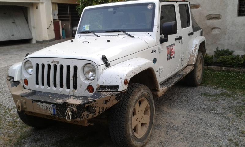 Una Jeep andrebbe trattata un po' con cura... 20150710