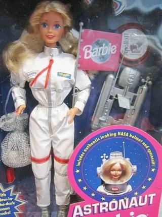 Un Jour - Un Objet Spatial - Page 13 Barbie13