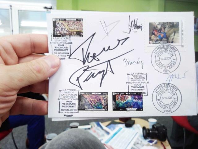 Carnet de timbres Thomas Pesquet - 4 juin 2018 D9ri-m11