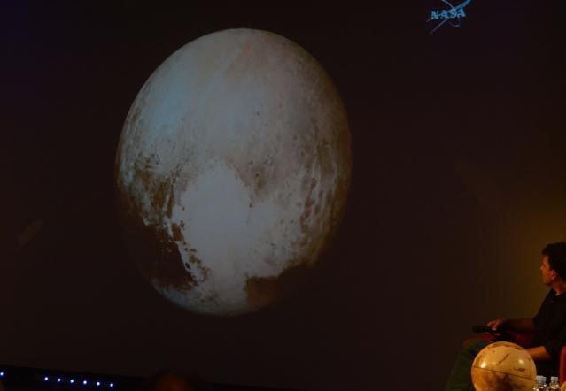 [Conférence] New Horizons et Pluton - 15 juillet 2015 à la Cité des Sciences à Paris Dsc_0010