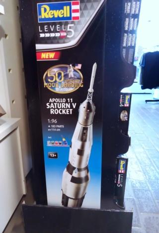 [Maquettes] 50ème anniversaire d'Apollo 11 / Série Revell Img_2036