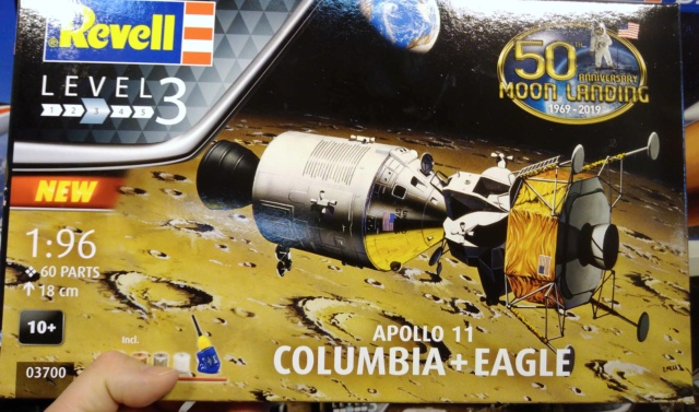 [Maquettes] 50ème anniversaire d'Apollo 11 / Série Revell Img_2041