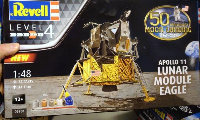 [Maquettes] 50ème anniversaire d'Apollo 11 / Série Revell Img_2043