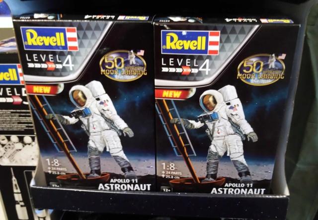 [Maquettes] 50ème anniversaire d'Apollo 11 / Série Revell Img_2046