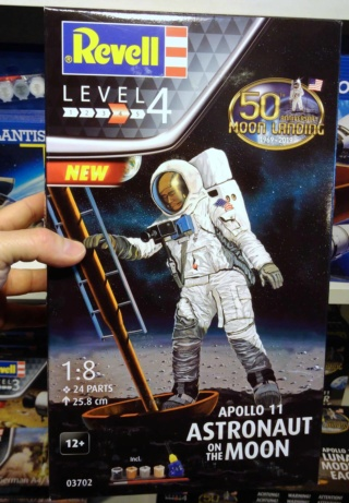 [Maquettes] 50ème anniversaire d'Apollo 11 / Série Revell Img_2048