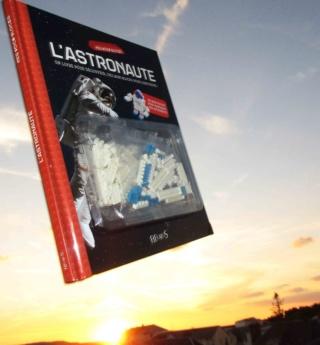 [Livre Jeunesse] L'astronaute / Mes Docu-Blocks chez Fleurus / Pierre-François Mouriaux Img_4814