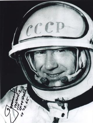Un Jour - Un Objet Spatial - Page 5 Leonov11