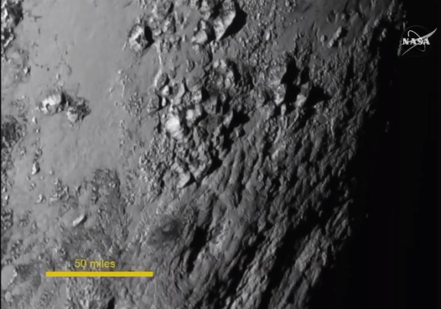 [Conférence] New Horizons et Pluton - 15 juillet 2015 à la Cité des Sciences à Paris Pluton13