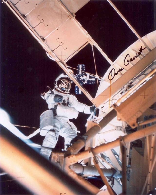 Un Jour - Un Objet Spatial - Page 14 Skylab35