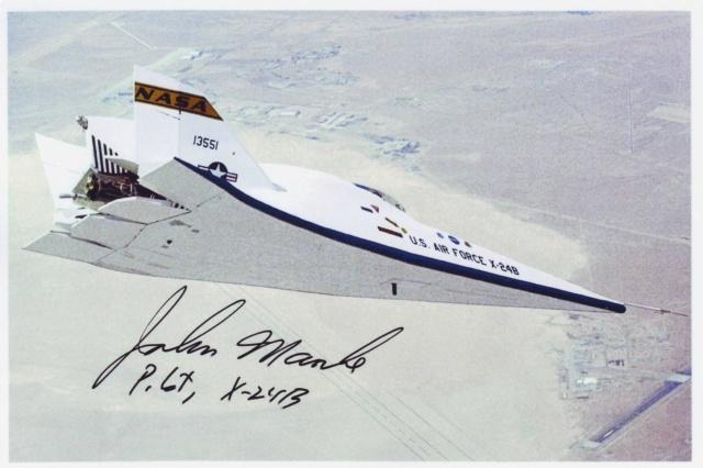 Disparition du pilote d'essais John Manke (1931-2019) X-24b_10