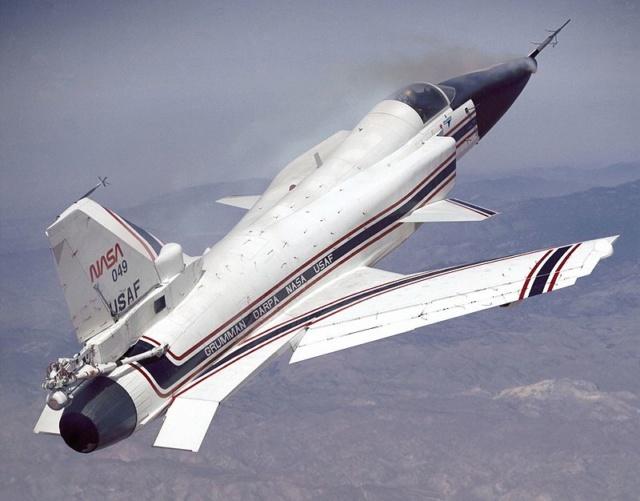 Un Jour - Un Objet Spatial - Page 9 X-29_a10
