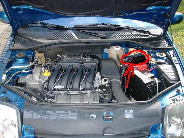 [ Renault CLIO 2 dci an 2003 ] cale par forte chaleur Moteur10