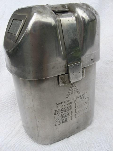 lampes de mineurs,  divers objets de mine, outils de mineur et documents  - Page 2 00112
