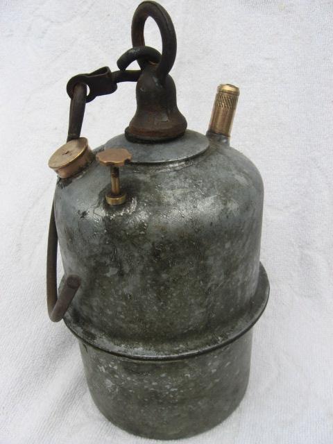 lampes de mineurs,  divers objets de mine, outils de mineur et documents  - Page 2 00215