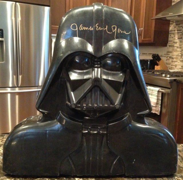 Vintage Darth Vader Figure Case signed by James Earl Jones! - Fundraiser for the Gillis Family!! - Page 2 Img_1410