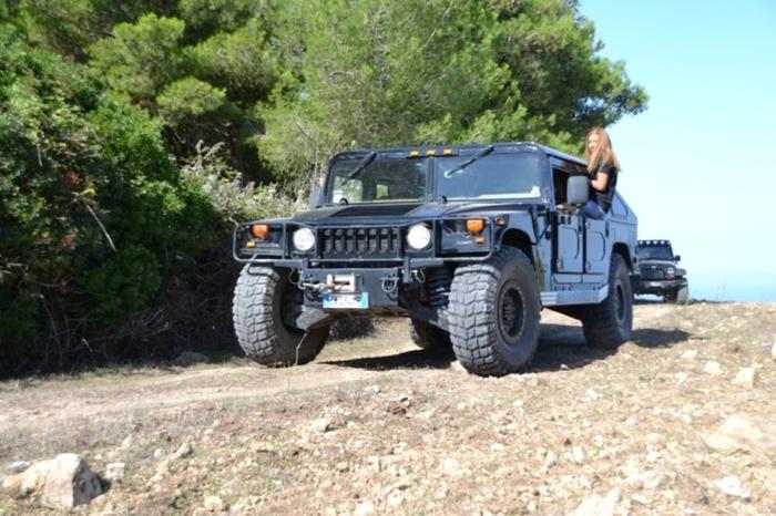 Hummer en Sardaigne 27660310