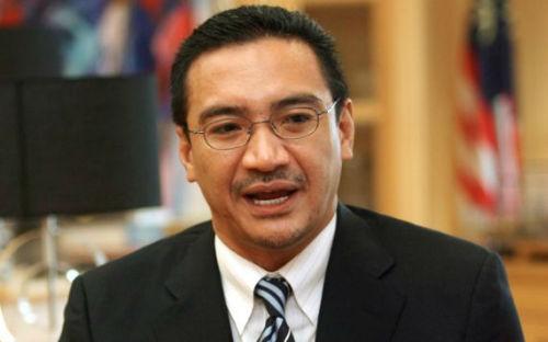 """""""Cú bật lại"""" bất ngờ của Malaysia khiến Trung Quốc giật mình Malay_10"""