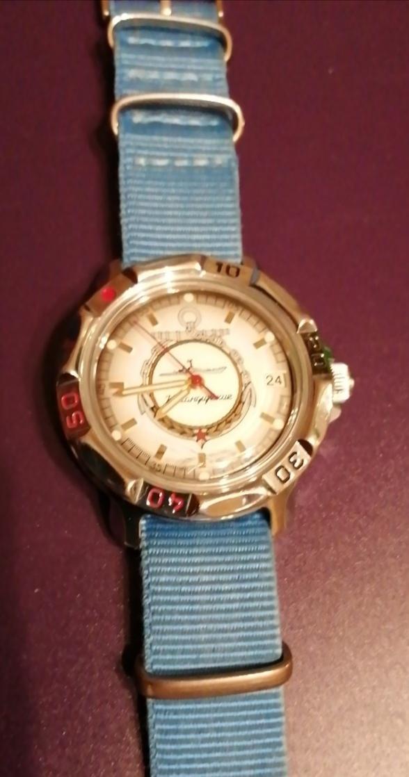 Quel est le bateau sur cette montre ?  Img_2129