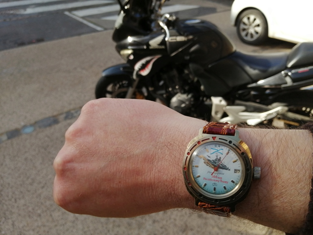Quel est le bateau sur cette montre ?  Img_2147