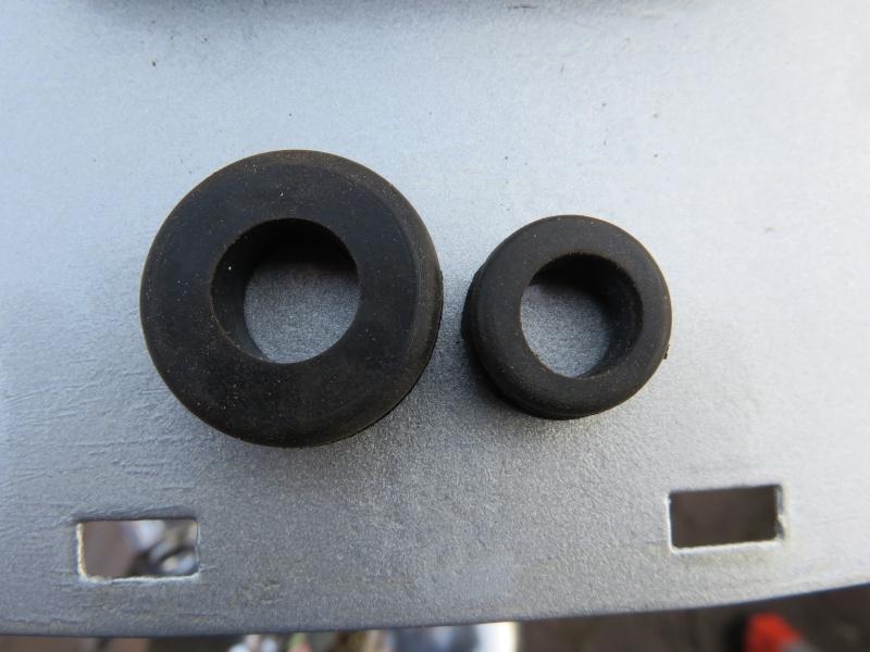 Fixation fiable des clignos sur une AV10 Img_0716