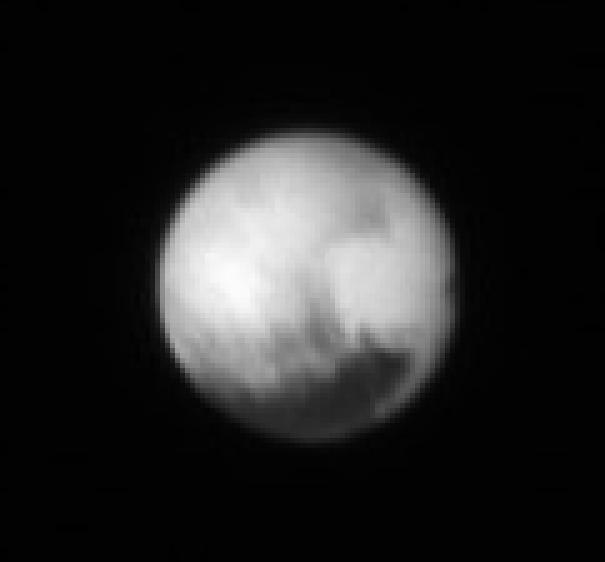New Horizons : survol de Pluton (1/2) - Page 21 Pluton10