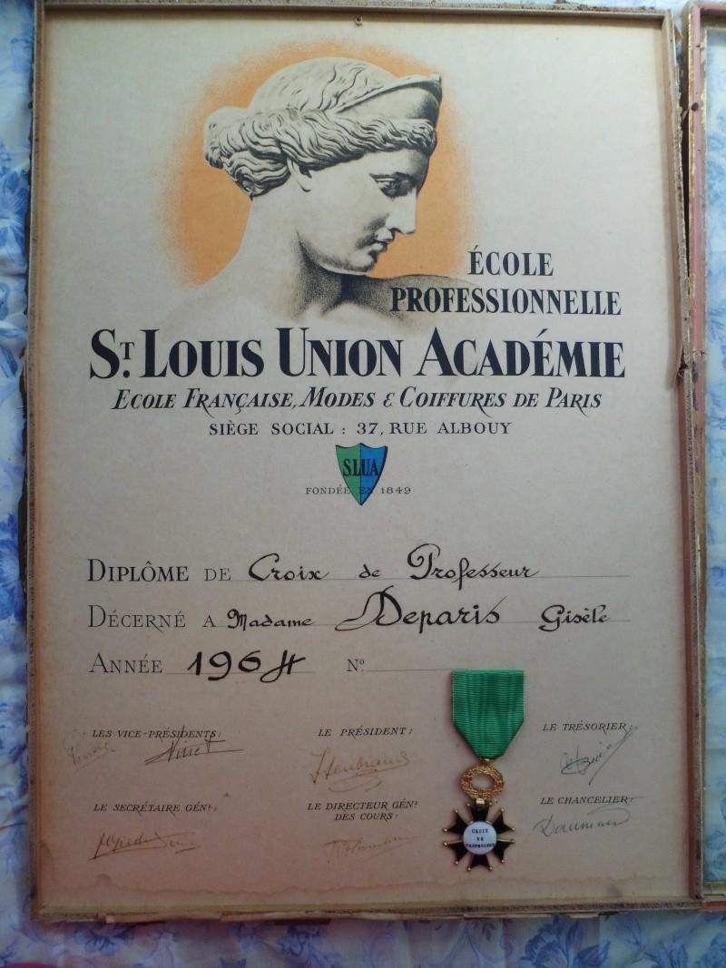 Croix de Professeur en Email et Bronze de l'Ecole St Louis Union Coiffure avec son Diplome - TRES RARE St_lou14