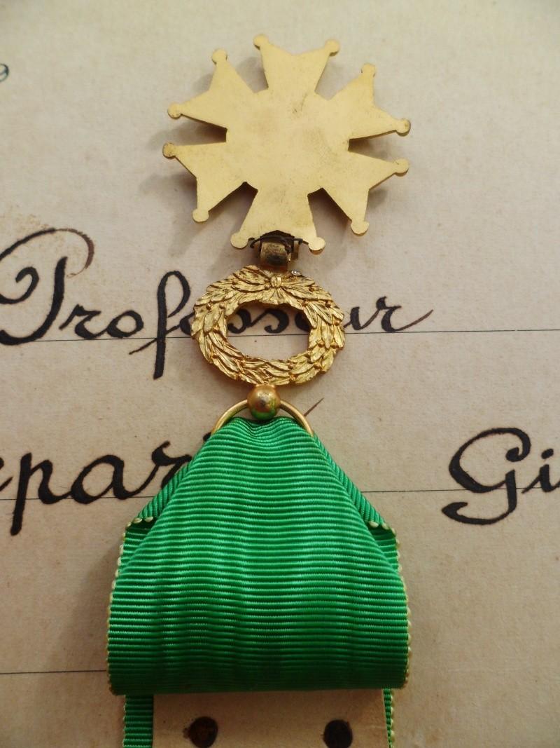 Croix de Professeur en Email et Bronze de l'Ecole St Louis Union Coiffure avec son Diplome - TRES RARE St_lou16