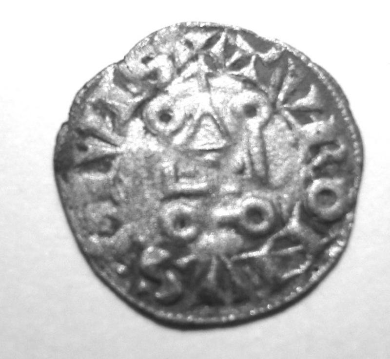 Question au sujet d'une obole tournois de Louis IX : poids intrigant ! Obole_11