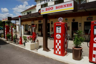 Les Stations-Service & les Garages F_rela10