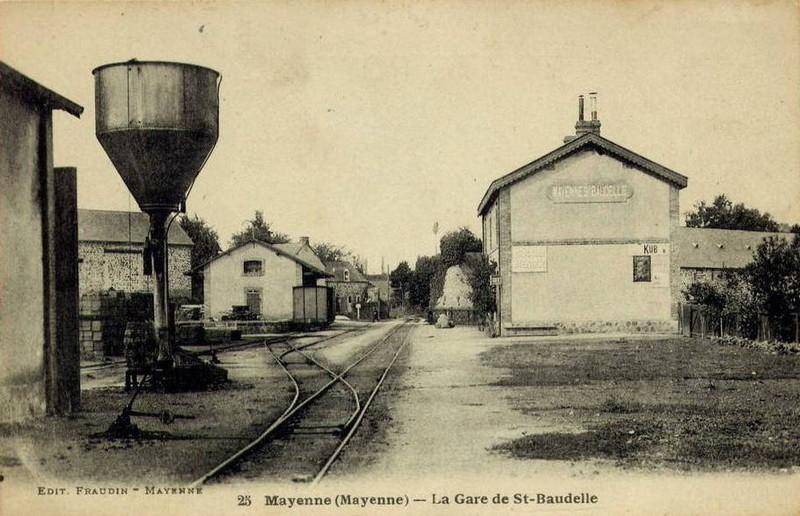 Ancienne gare des CFD Laval - Mayenne  Gare5911