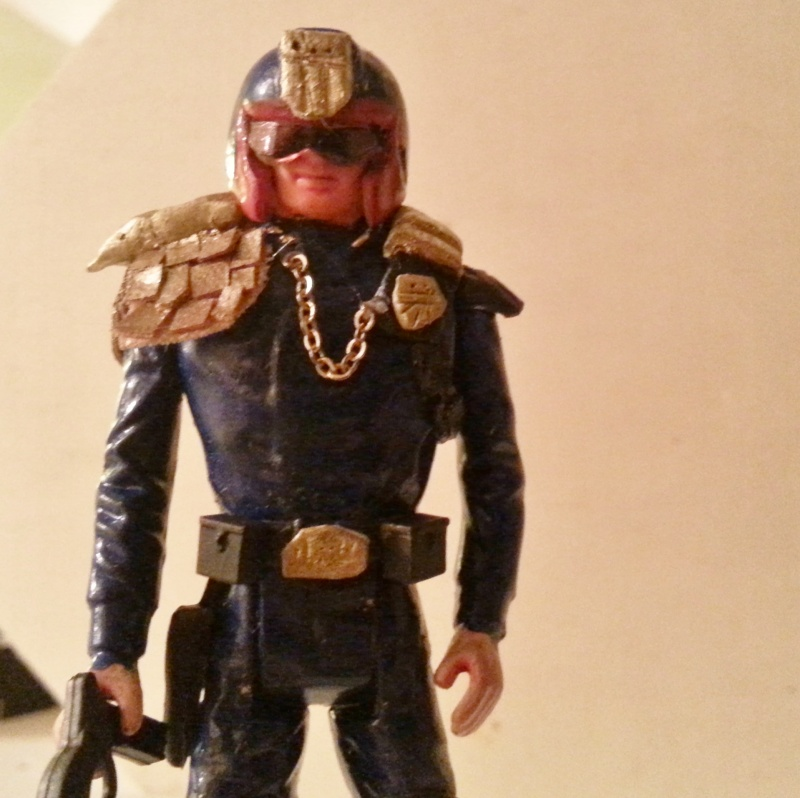 Does anyone else collect judge dredd comic or figures? - Page 2 20150514